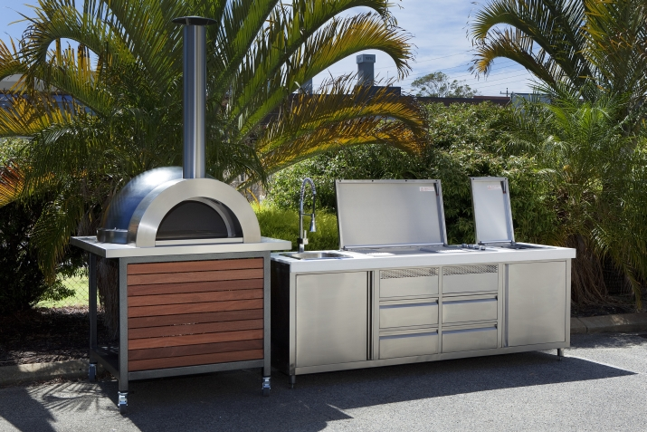 Alfresco kitchens zesti woodfired ovens perth wa for Outdoor kitchen australia
