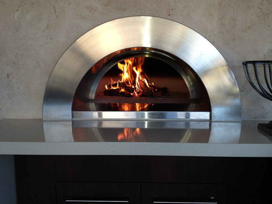 In-Wall Woodfired Pizza Oven