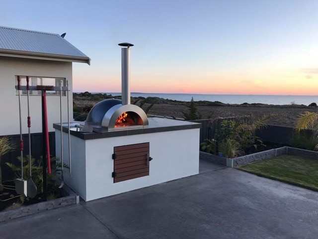 Cabinet Woodfired Pizza Oven